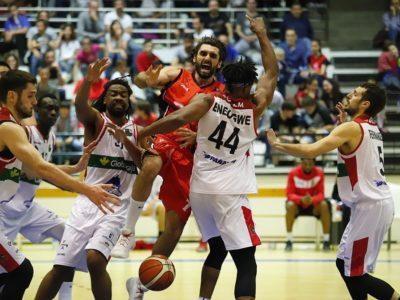 Ajustada derrota del CBV en la pista de Basket Navarra