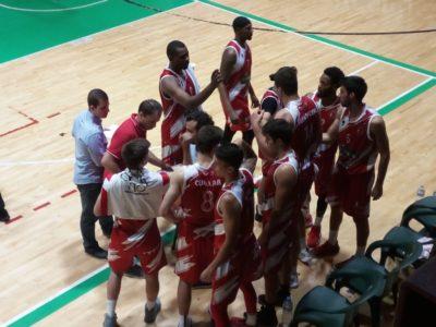 El CB Villarrobledo cae en un partido de infarto ante el Albacete Basket